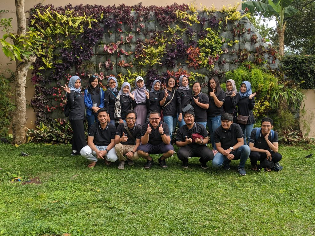 Outing Sunartha ke Bandung